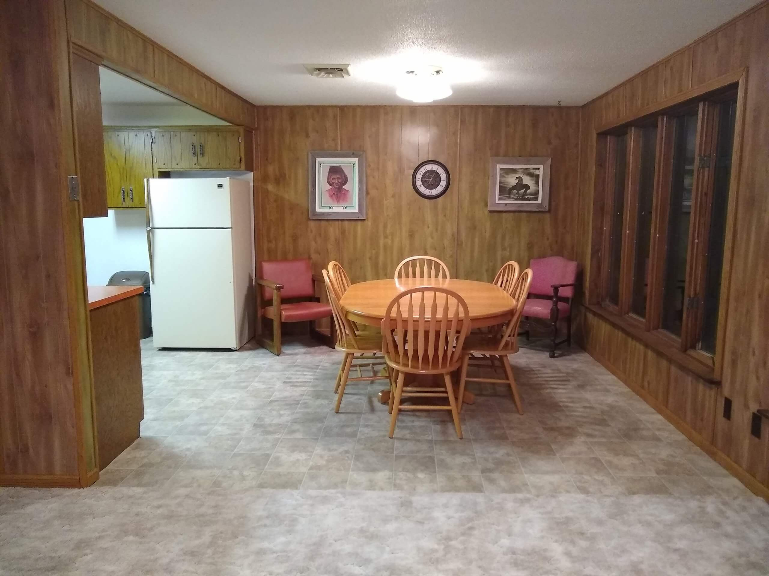 Spring Creek cabin dining room